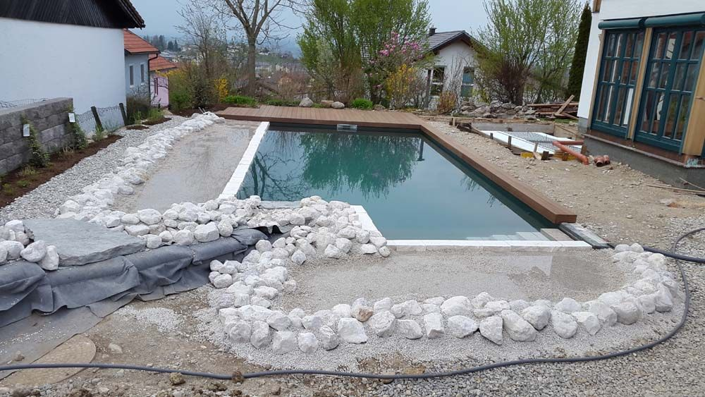 Poolbau salzburg h rby kann 39 s for Hersteller poolfolien